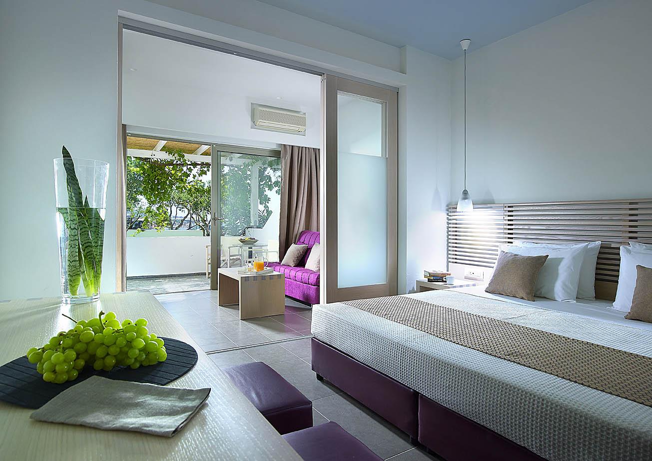 Suites Crete | Kakos Bay Hotel | Ierapetra, Crete, Greece